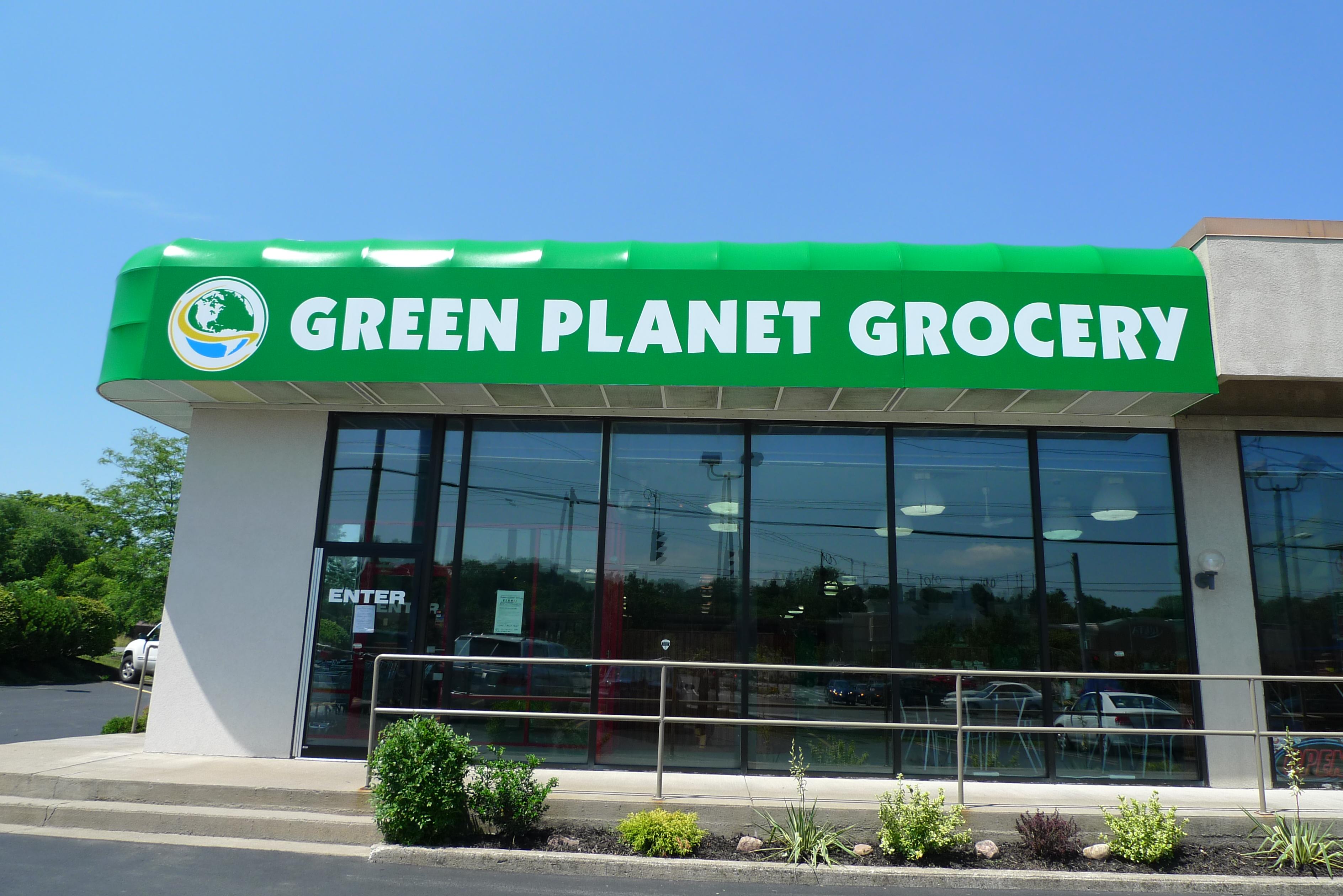 Cookin\' in the \'Cuse: Green Planet Grocery Opens in Fairmount!